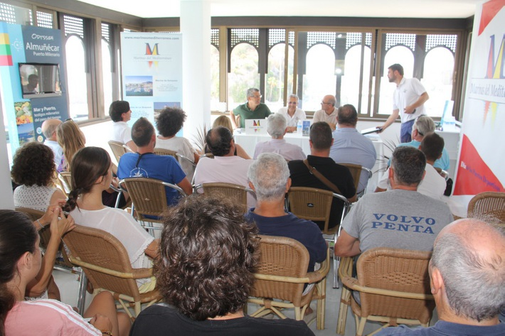 El Puerto Deportivo Marina del Este ha acogido una charla sobre espacios protegidos