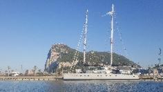 http://marinasdeandalucia.com/files/gallery/thumb/1528375179-el-catamaran-en-alcaidesa-marina.jpg